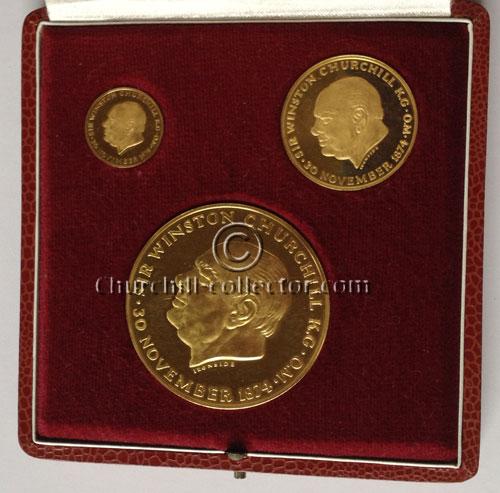 Churchill Medals in presentation case: Commemorative Medal Set of 3 Set