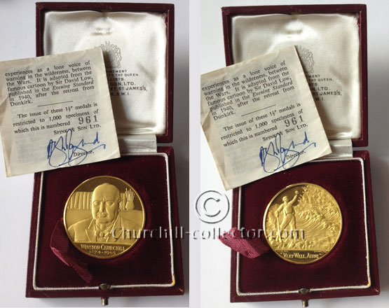 1965 Churchill Memorial Medal showing front and back