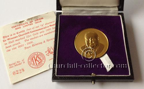 Winston Churchill Commemorative Gold Medal 1965
